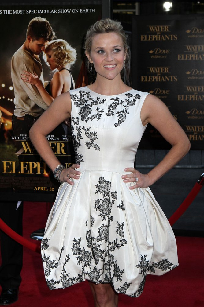 reese witherspoon white dress