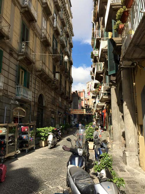Neapel-Via-Toledo (12)