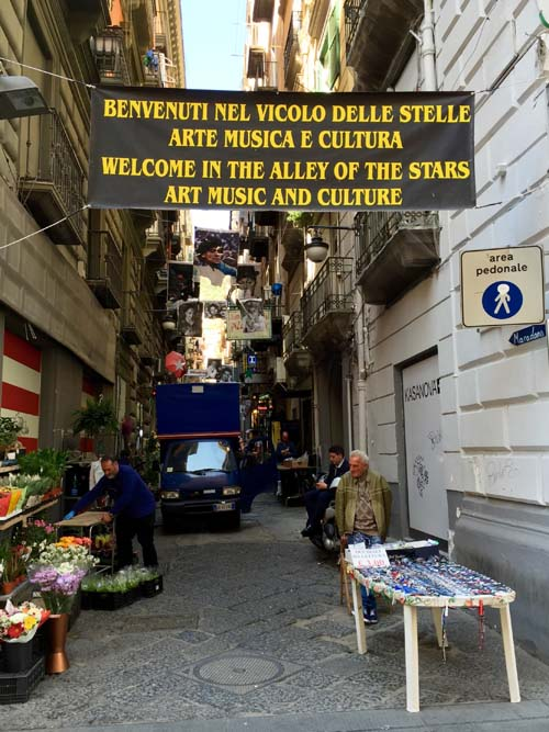 Neapel-Via-Toledo (15)