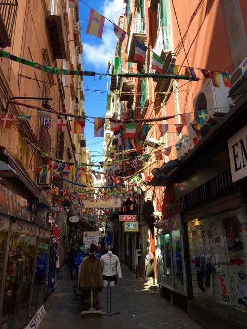 Neapel-Via-Toledo (16)