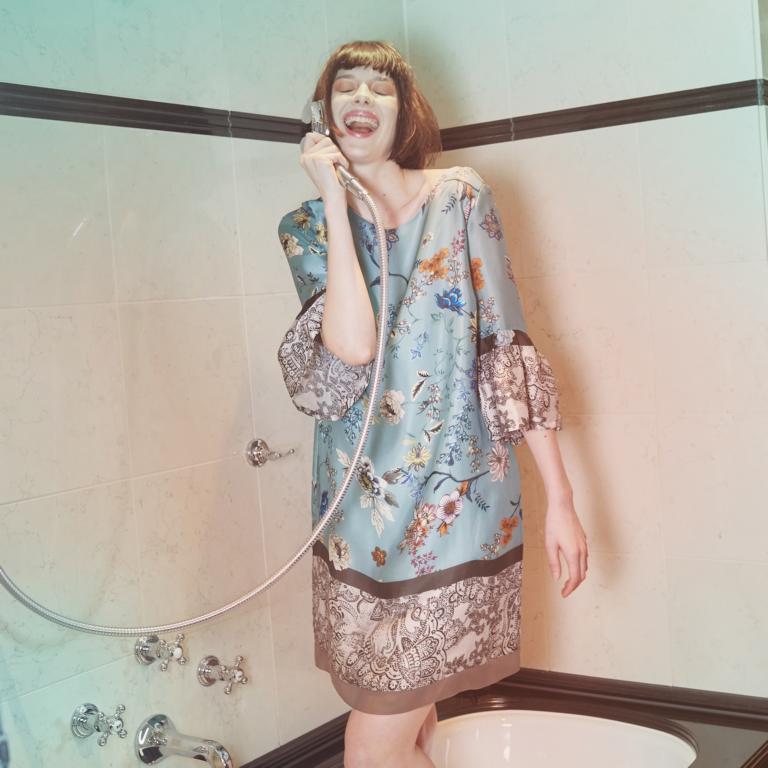 Seidenkleid in Asia Print & Pastellfarben