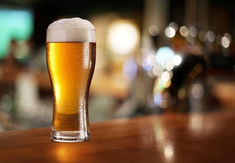 gefülltes Bierglas