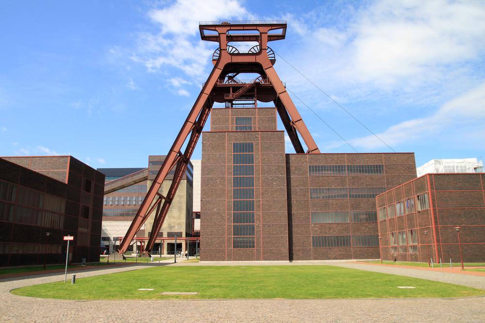 Doppelbock Schacht 12 der Zeche Zollverein
