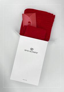 Gift set CHERRY scarf + beanie+ 50 € voucher