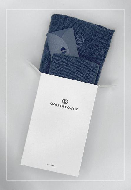 Geschenkset INDIGO  Schal + Mütze + 50€ Gutschein