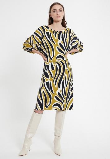 Modernes Kleid Cedea