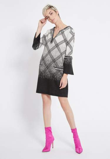Rear view of Ana Alcazar Graphic Tunic Dress Rava