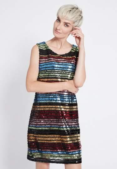 Vorderansicht von Ana Alcazar Black Label Pailletten Kleid Rubys  angezogen an Model