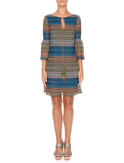 Vorderansicht von Ana Alcazar Tunika Kleid Myrthane  angezogen an Model