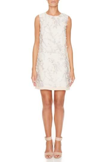 Vorderansicht von Ana Alcazar A-Linien Kleid Maaikea  angezogen an Model