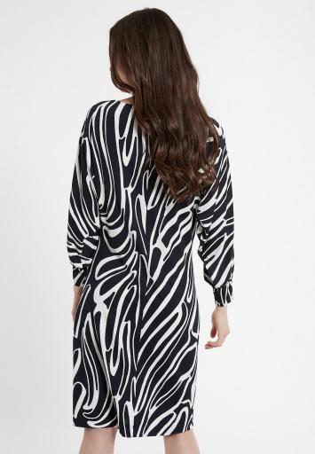 Modernes Kleid Ceda
