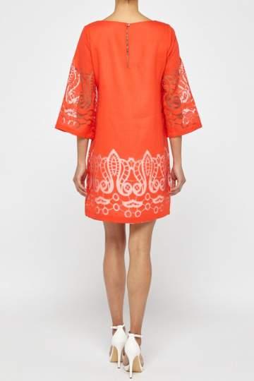 Rückansicht von Ana Alcazar Tunika Kleid Red-White Feya  angezogen an Model