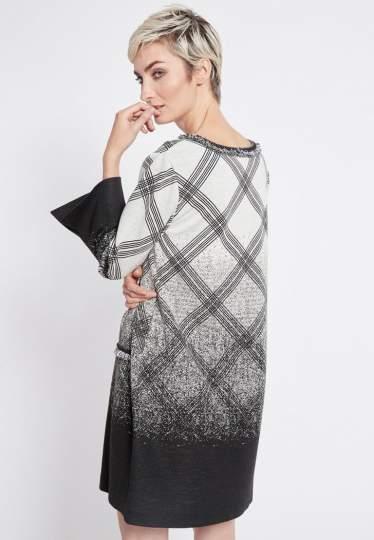 Rear view of Ana Alcazar Graphic Tunic Dress Rava  worn by model