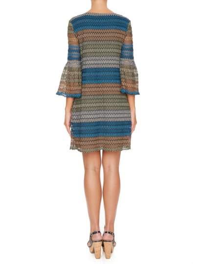 Rückansicht von Ana Alcazar Tunika Kleid Myrthane  angezogen an Model