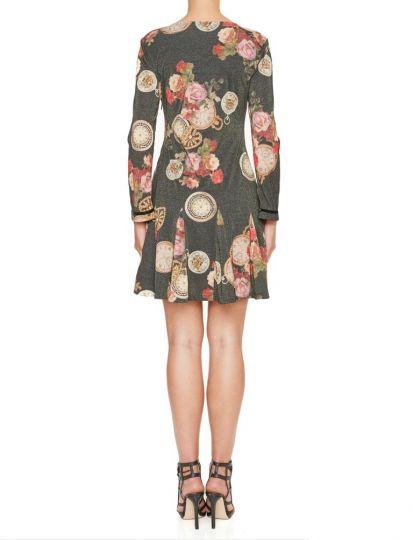 Rückansicht von Ana Alcazar Prinzess Kleid Kylovia  angezogen an Model
