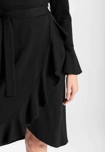 Ana Alcazar Wikkeljurk Vafabi Zwart