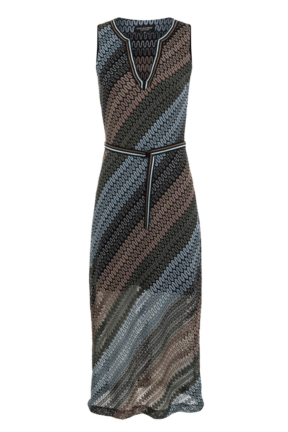 7ea794b34f3bf7 Lange gebreid jurk Sowota in blauw-bruin met diagonale strepen