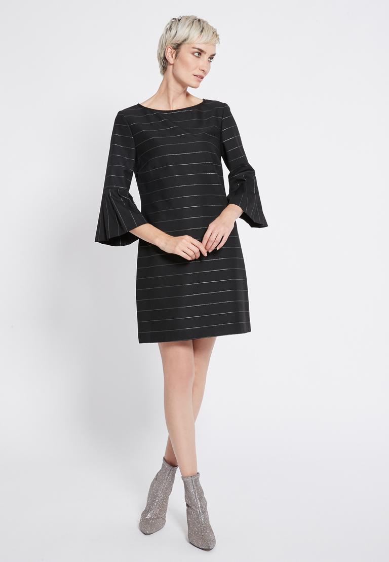 Rückansicht von Ana Alcazar Volantärmel Kleid Rona