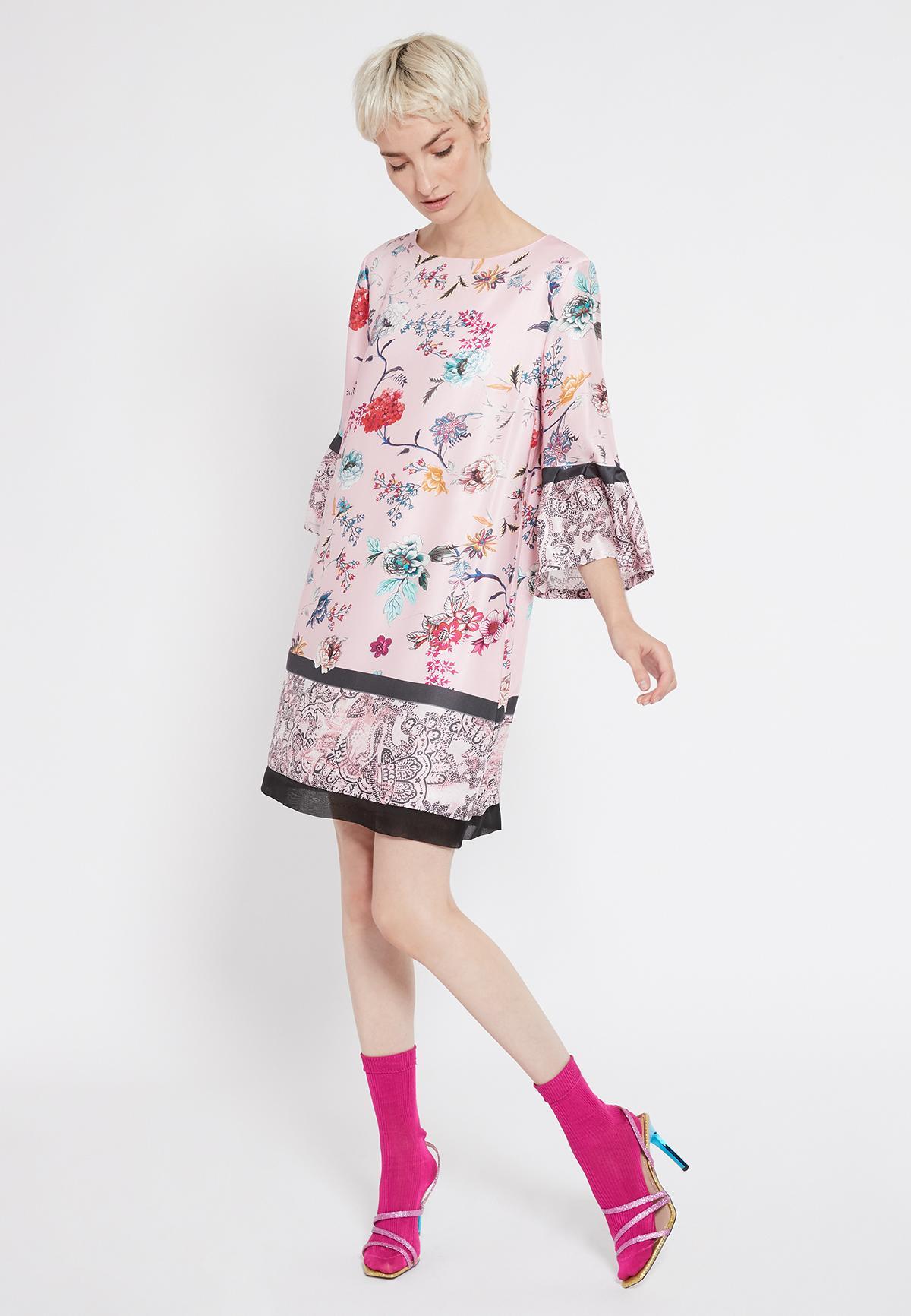 Rückansicht von Ana Alcazar Volantarm Kleid Sealys