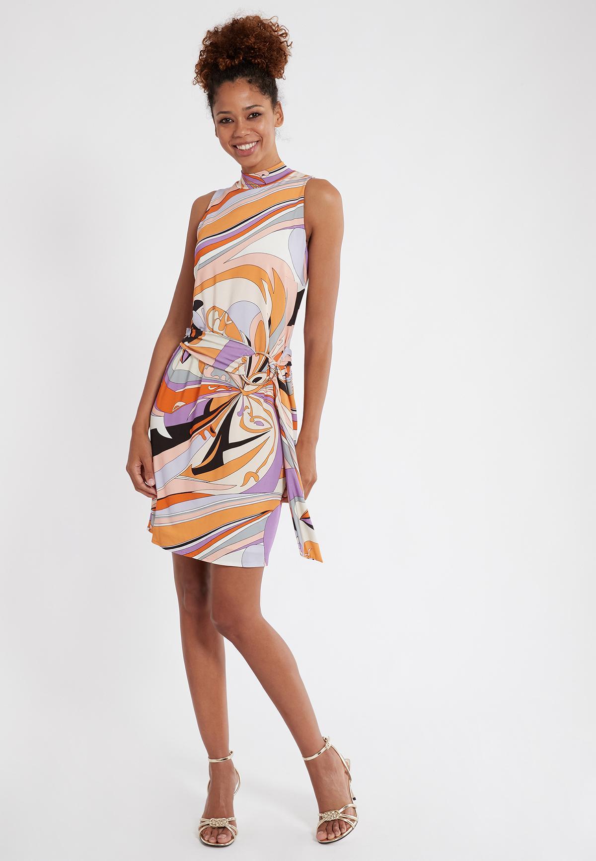 Rückansicht von Ana Alcazar Gürtel Kleid Simpla