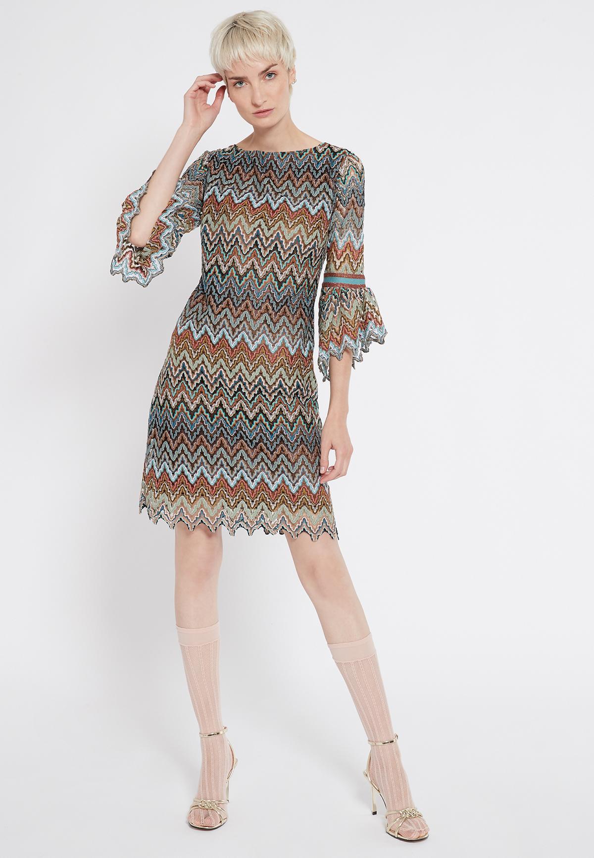 Rückansicht von Ana Alcazar Volantarm Kleid Sosusi