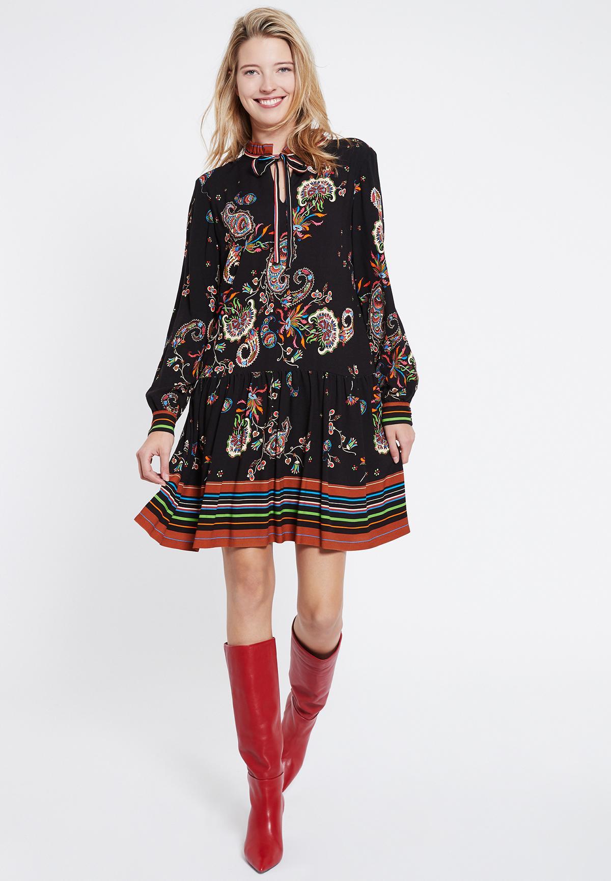 Rückansicht von Ana Alcazar Boho Kleid Vadary