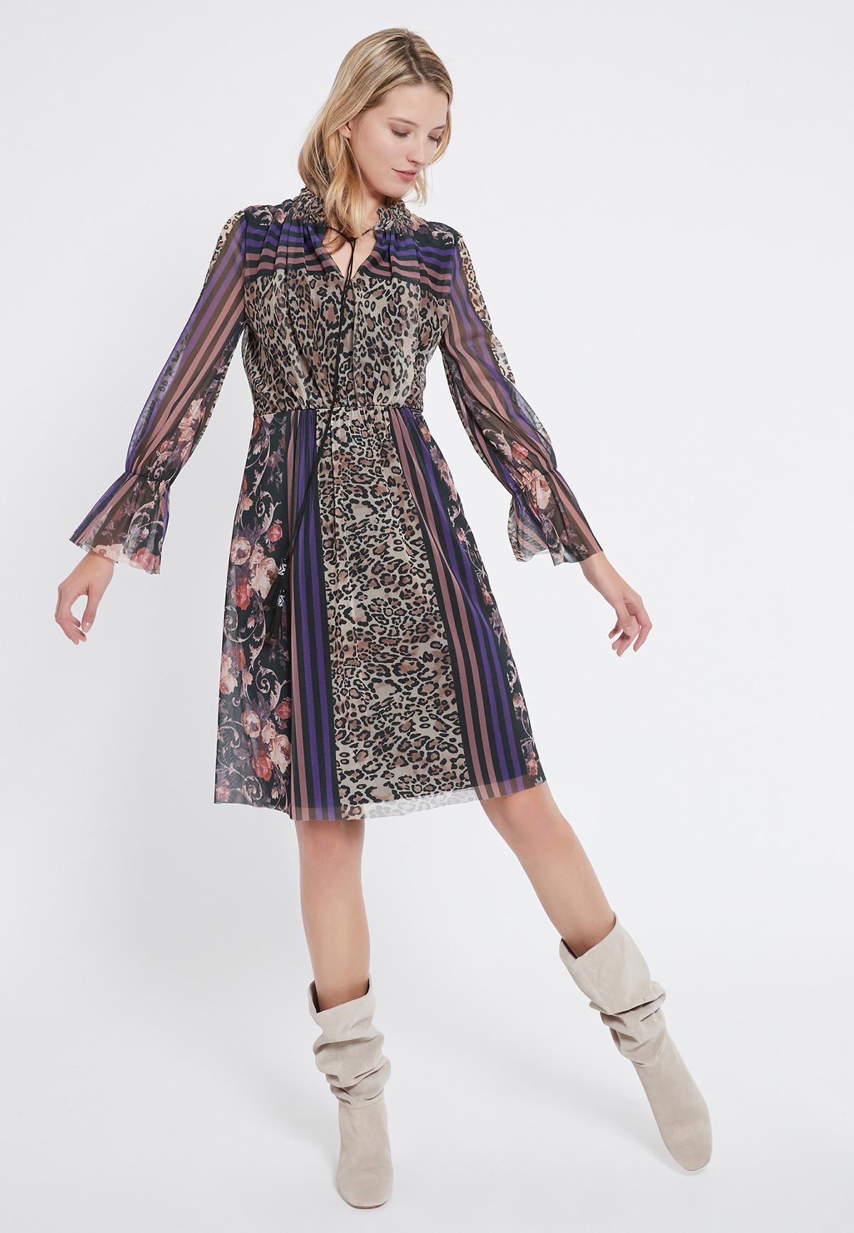 Rückansicht von Ana Alcazar Romantik Kleid Vormaly