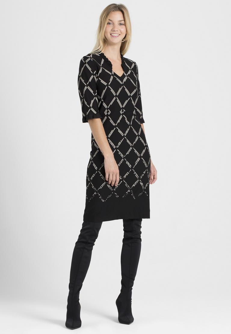 Rückansicht von Ana Alcazar V-Ausschnitt Kleid Pranara Schwarz-Weiß