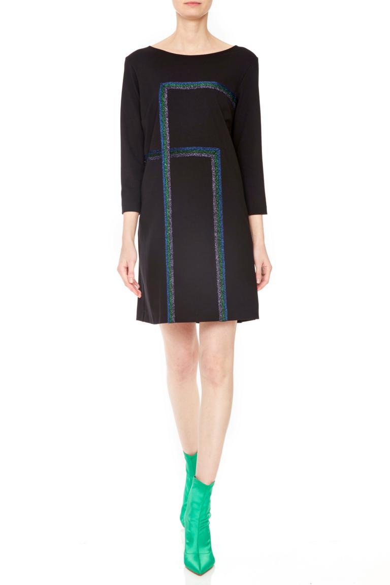 Vorderansicht von Ana Alcazar Lurex Kleid Penela  angezogen an Model