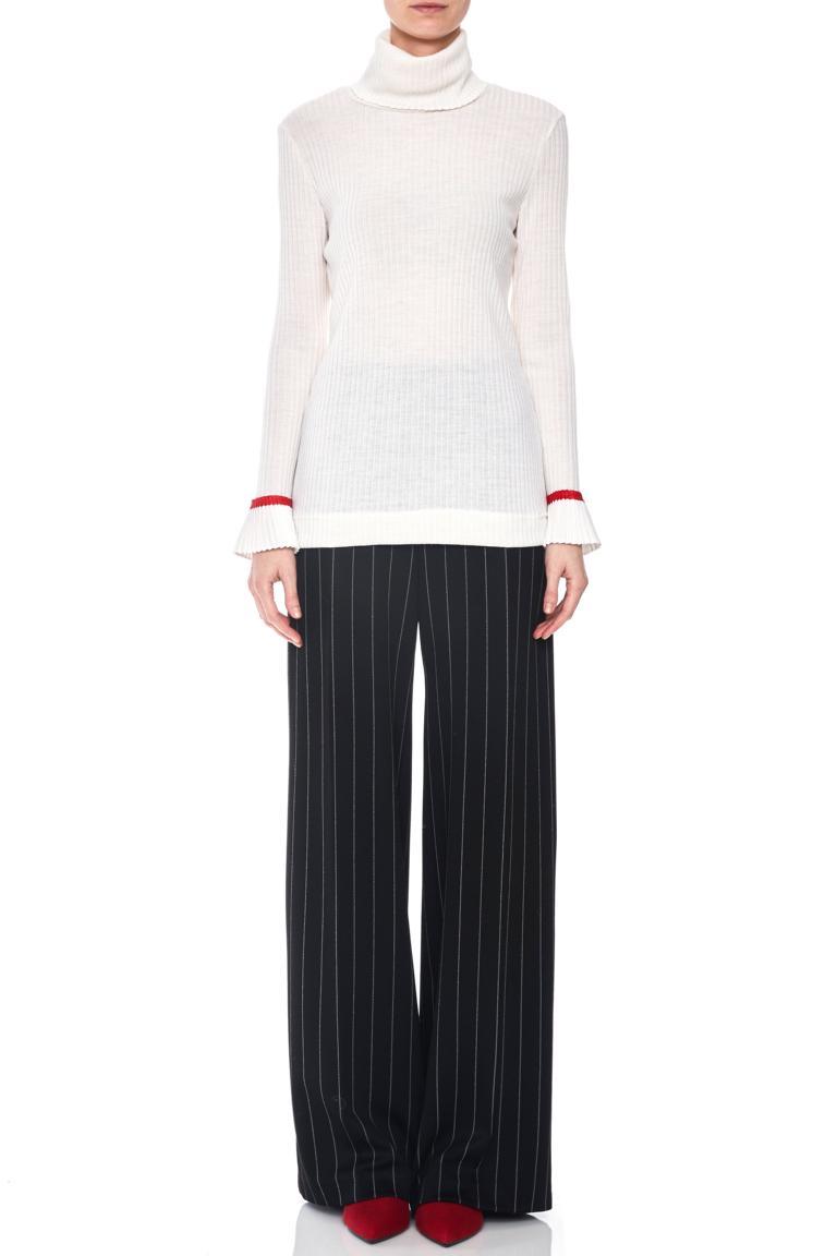 Vorderansicht von Ana Alcazar Rollkragen Shirt Piaby Weiß  angezogen an Model