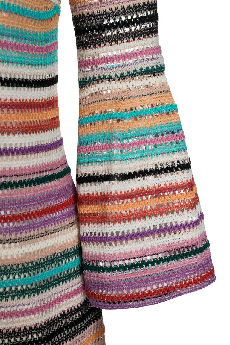 Vorderansicht von Ana Alcazar Limited Edition Sommerkleid Mynika  angezogen an Model