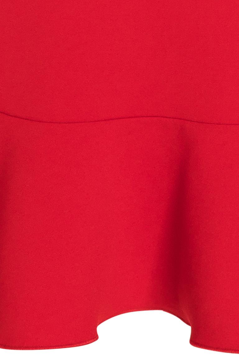 Vorderansicht von Ana Alcazar Volantkleid Palea Rot  angezogen an Model