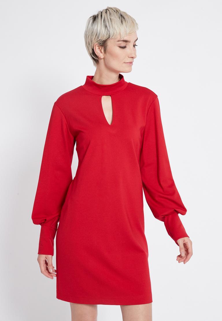 Vorderansicht von Ana Alcazar Puffärmel Kleid Resyea Rot  angezogen an Model