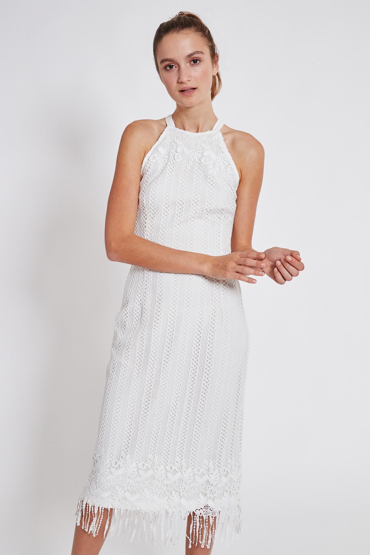 Vorderansicht von Ana Alcazar Midi Kleid Tadila  angezogen an Model