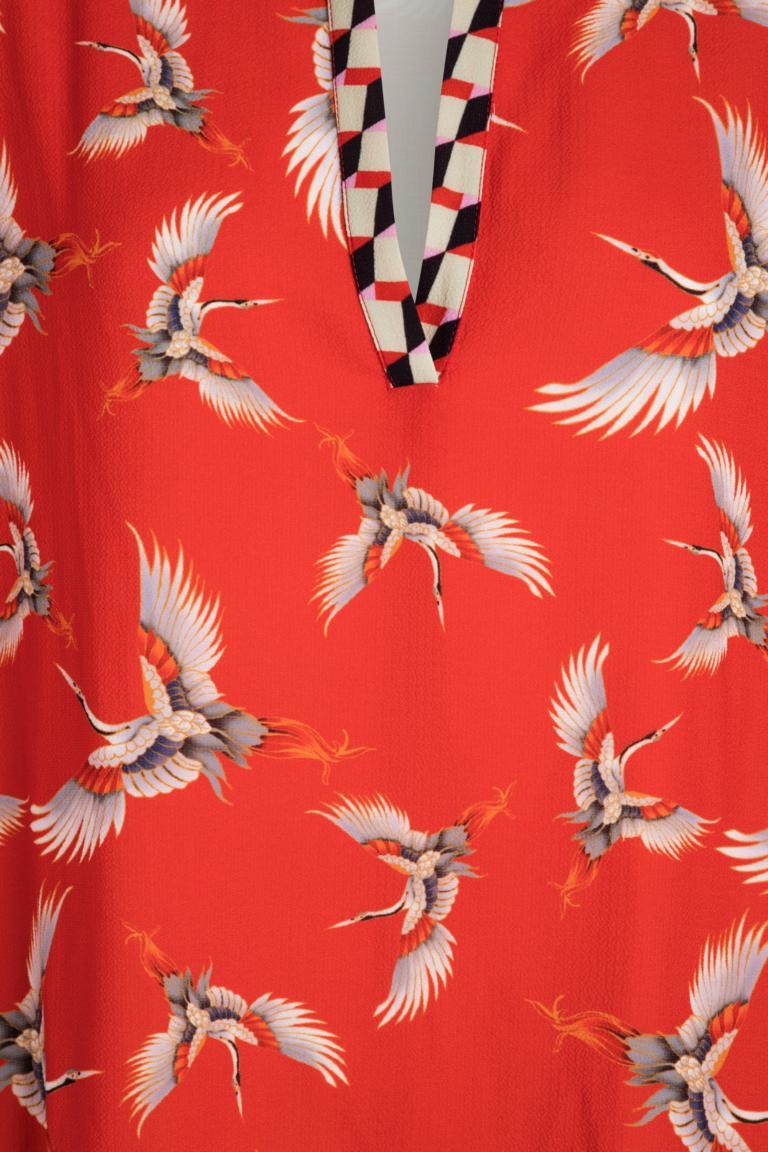 Vorderansicht von Ana Alcazar Tunika Kleid Meily Red  angezogen an Model