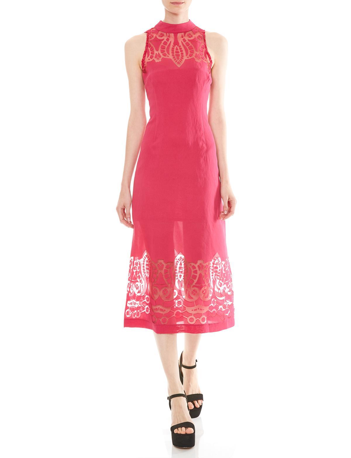 Vorderansicht von Ana Alcazar Midi Kleid Massoles  angezogen an Model