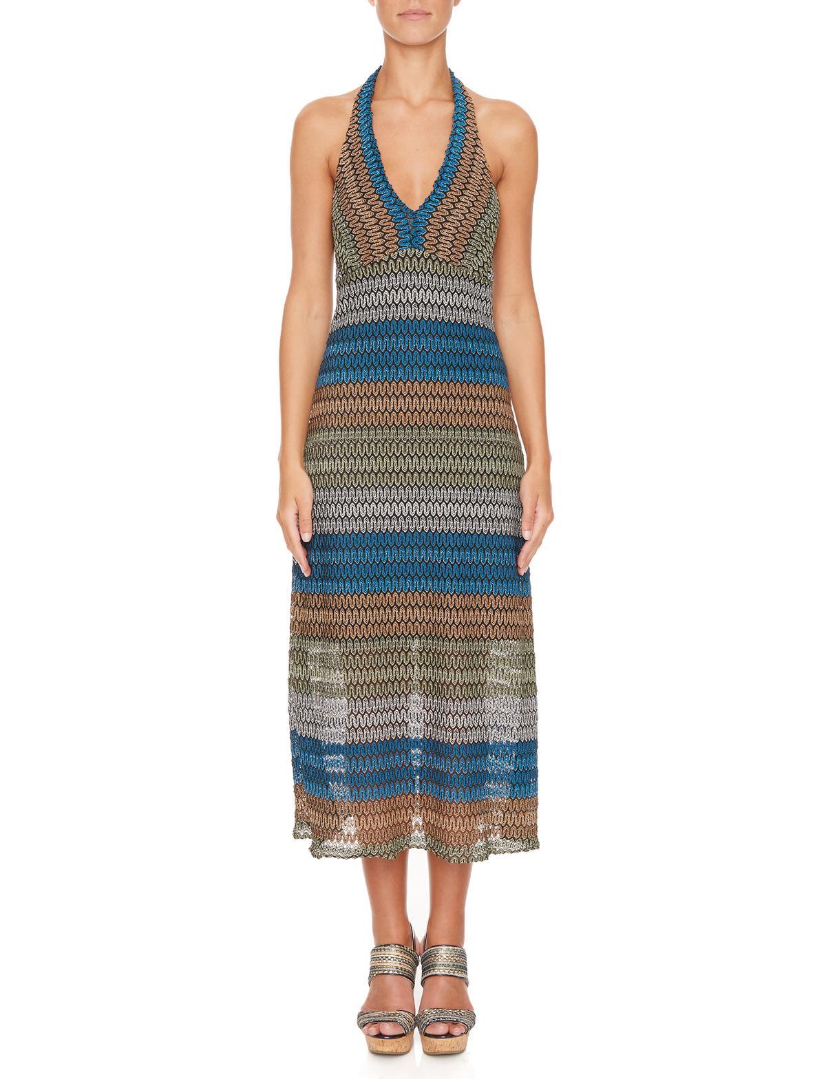 Vorderansicht von Ana Alcazar Midi Kleid Myrthea  angezogen an Model