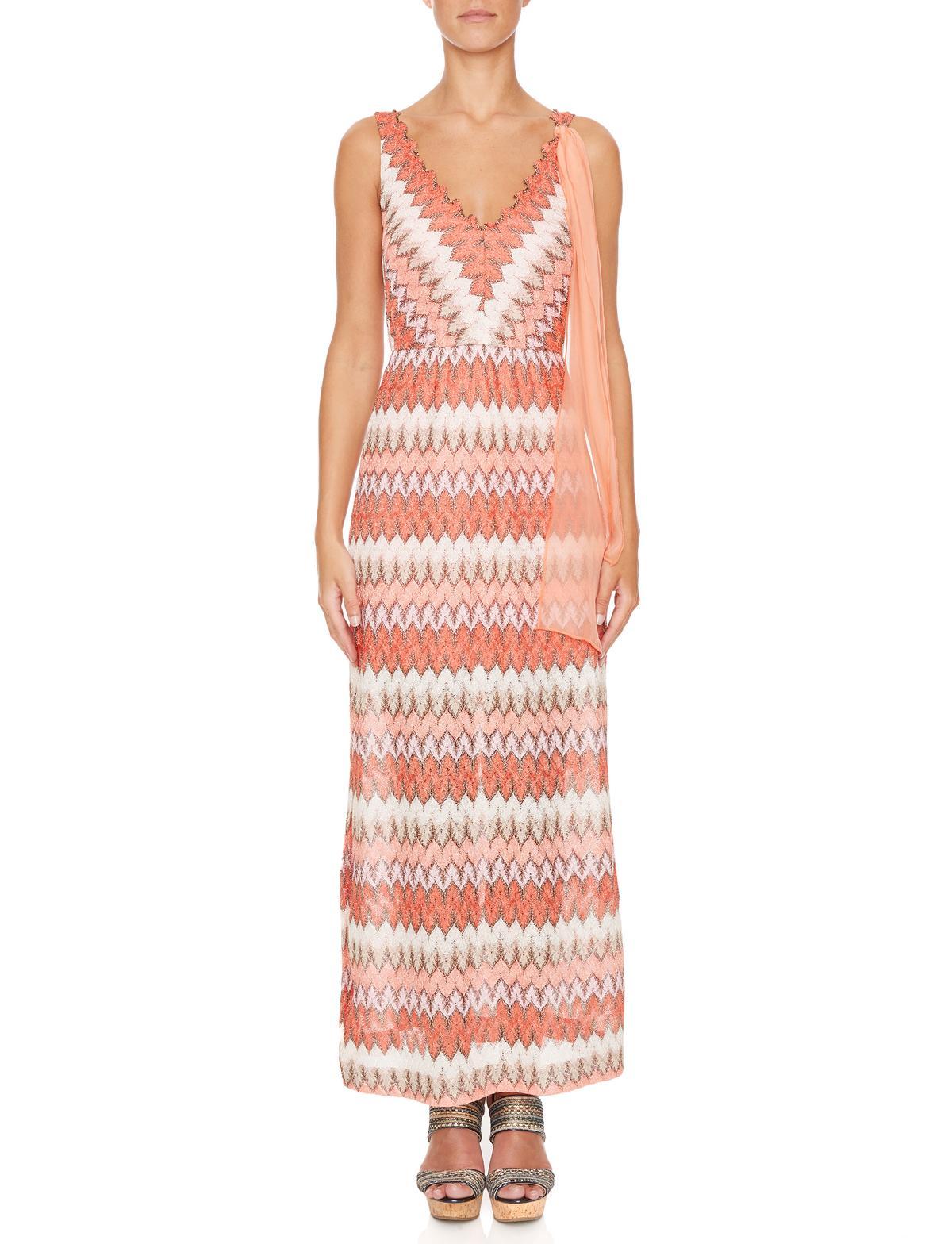 Vorderansicht von Ana Alcazar Maxi Kleid Masikalys  angezogen an Model
