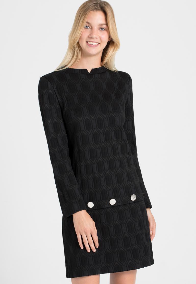 Vorderansicht von Ana Alcazar  A-Linien-Kleid Omkany   angezogen an Model