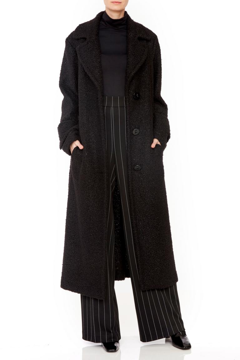 Rückansicht von Ana Alcazar Langer Mantel Onya Schwarz  angezogen an Model