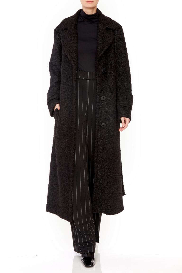 Rückansicht von Ana Alcazar Langer Mantel Oneya Weiß  angezogen an Model