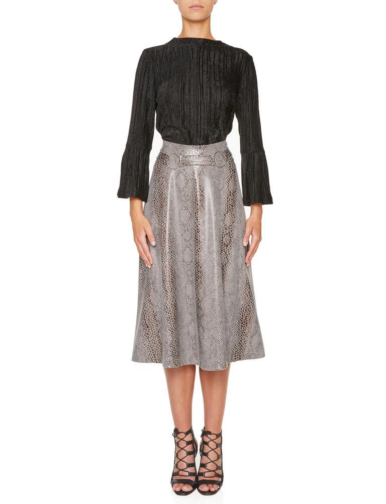 Rückansicht von Ana Alcazar Tellerrock Koranea Grey  angezogen an Model