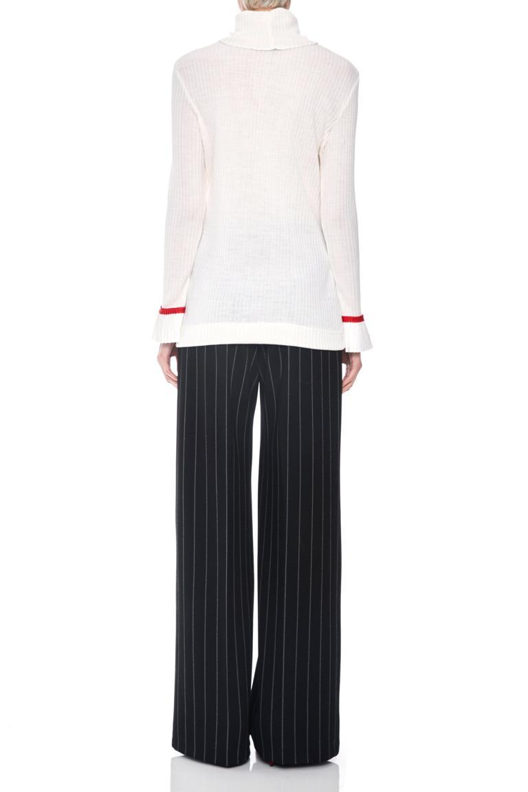 Rückansicht von Ana Alcazar Rollkragen Shirt Piaby Weiß  angezogen an Model