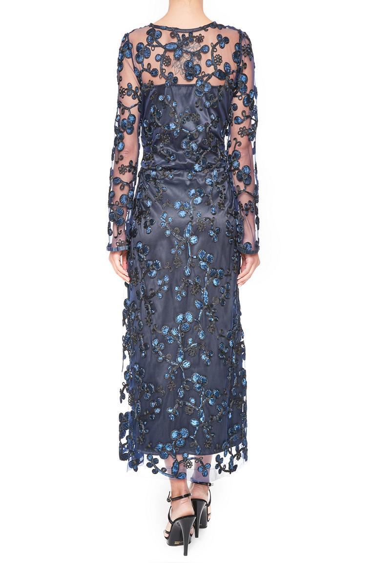 Rückansicht von Ana Alcazar Black Label Midi Spitzenkleid Juvendis  angezogen an Model