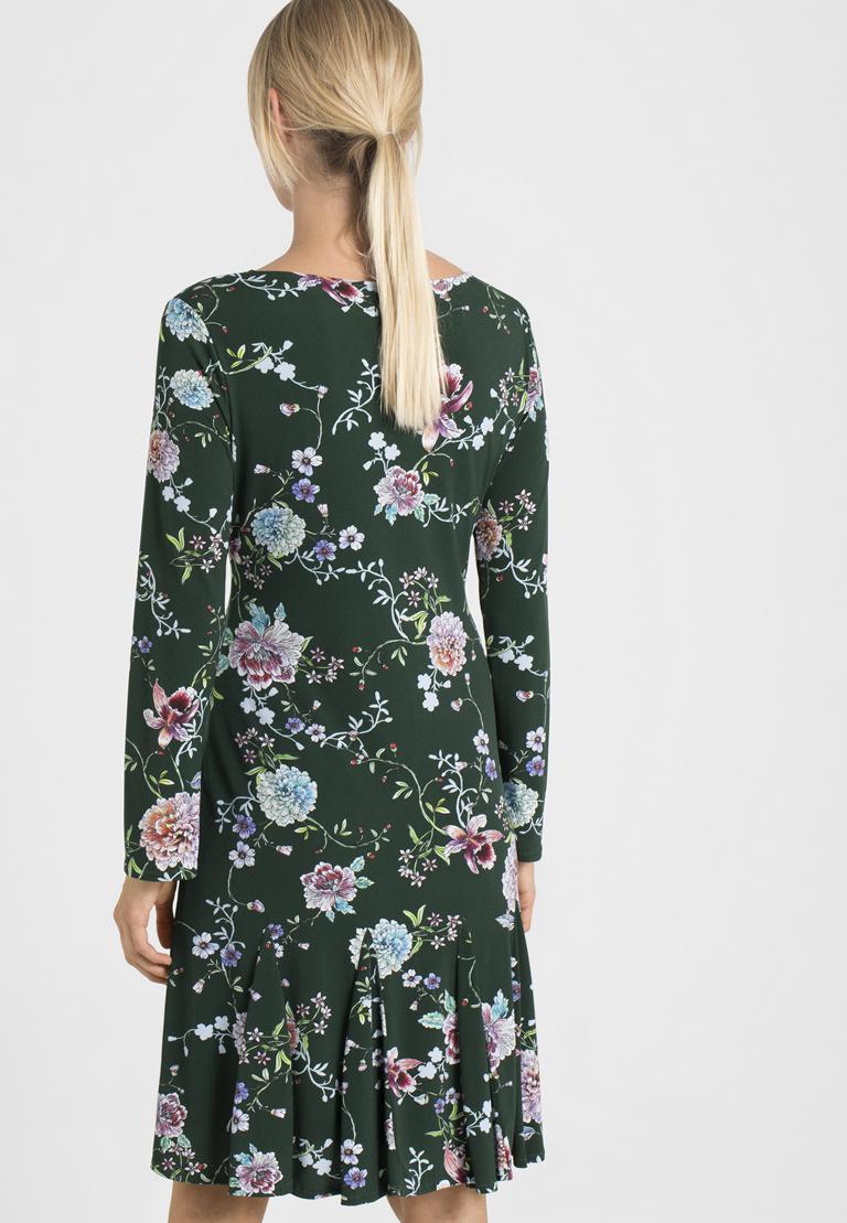Rückansicht von Ana Alcazar Langarm-Kleid Polxea  angezogen an Model