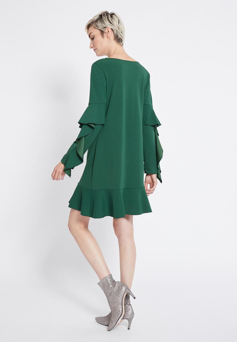 Rückansicht von Ana Alcazar Volantärmel Kleid Romya Grün  angezogen an Model