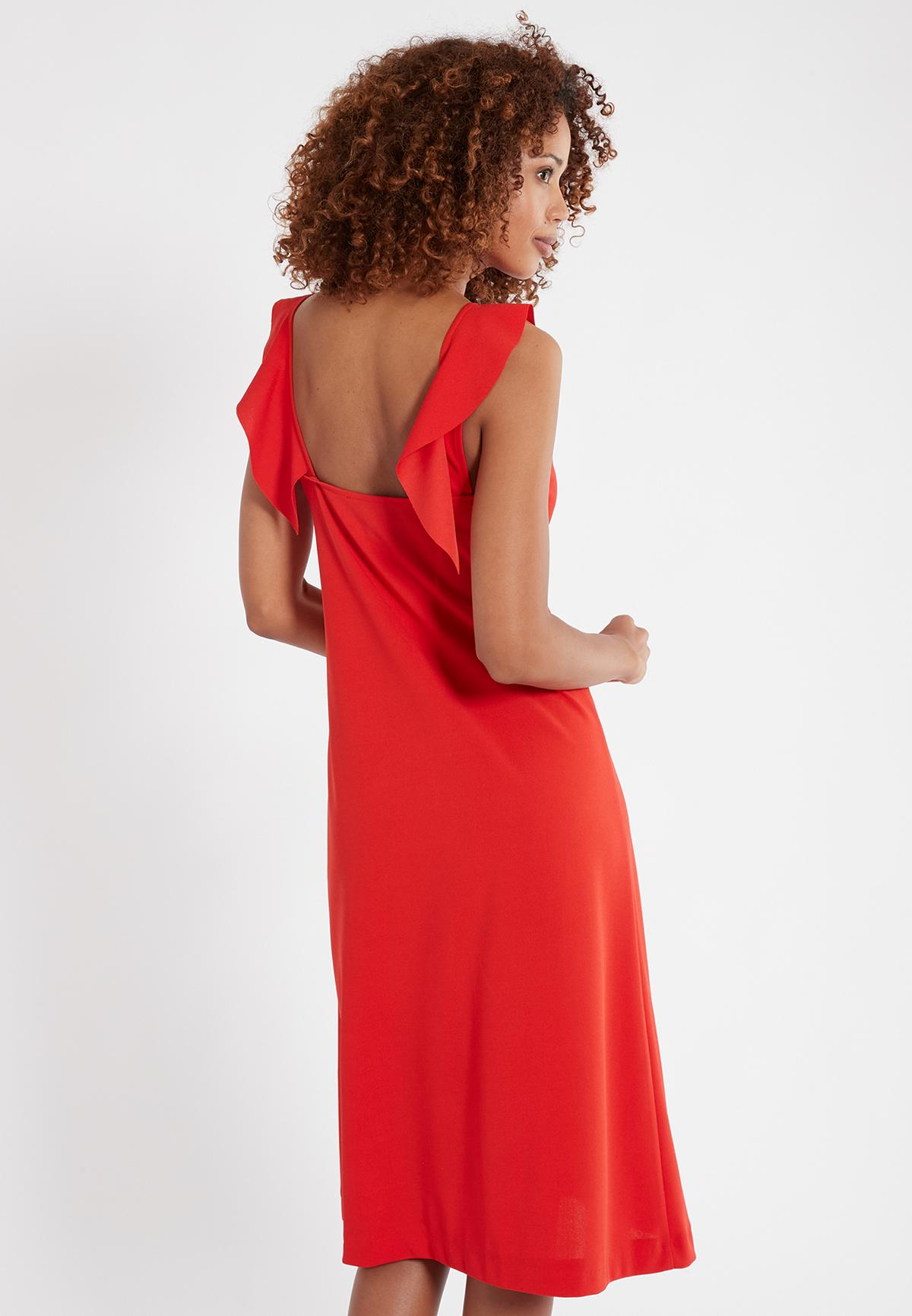 Rückansicht von Ana Alcazar Flamenco Kleid Sawona Red  angezogen an Model