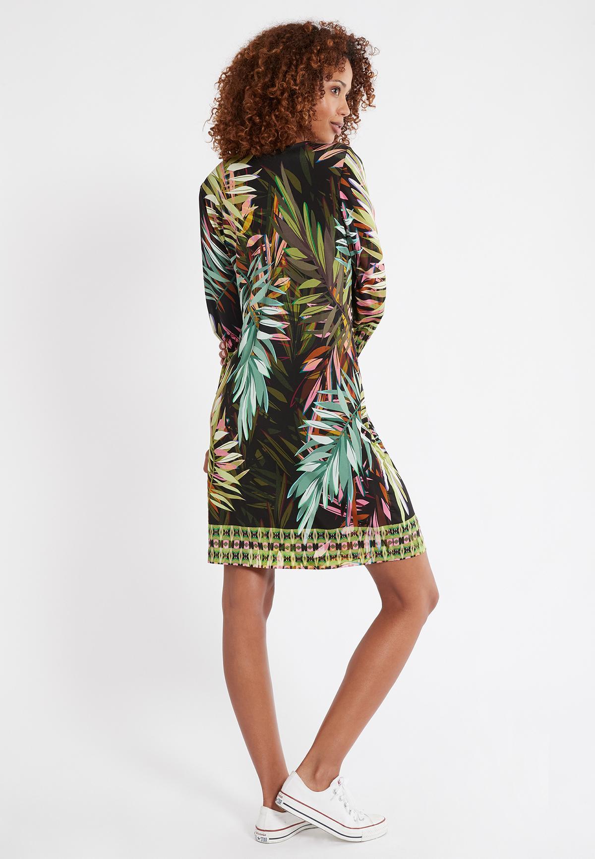 Rückansicht von Ana Alcazar Deko Kleid Serkose  angezogen an Model