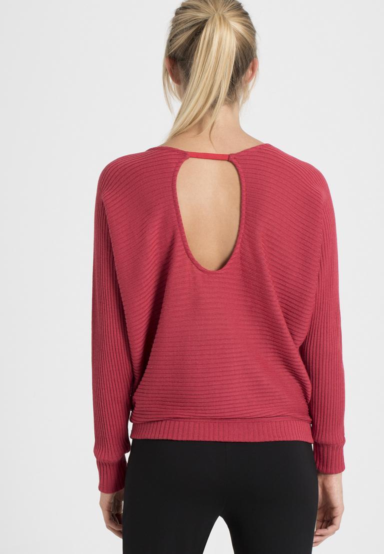 Rückansicht von Ana Alcazar Fledermaus Shirt Pereky Rot  angezogen an Model