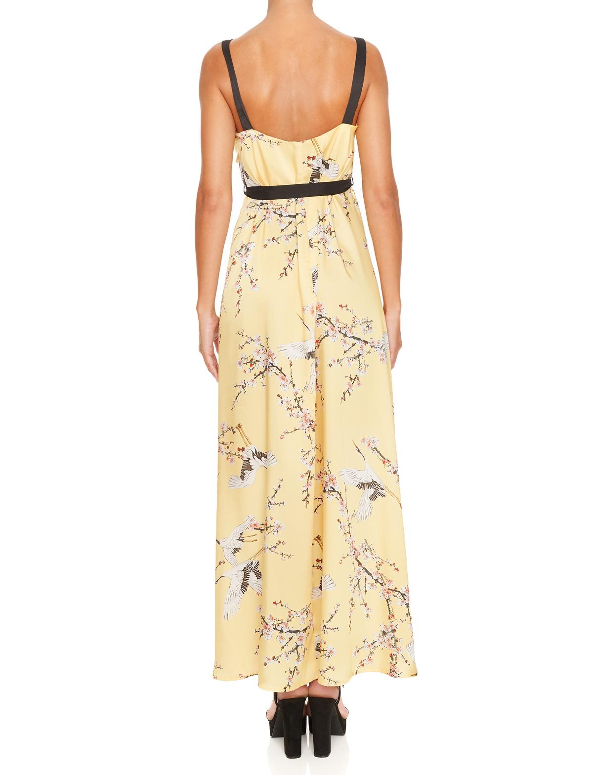 Rückansicht von Ana Alcazar Maxi Kleid Miranea  angezogen an Model